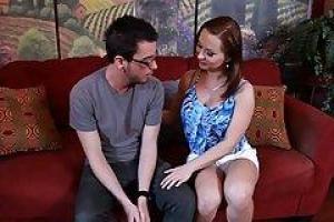 Анжелика с парнем предаются любовным утехам