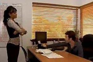 Priya Rai вошел в офис ее нового коллеги, чтобы узнать его немного лучше