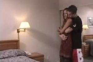 Aliyah Likit предлагает все ее отверстия парню, которого она любит, чтобы удовлетворить его желания