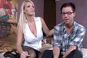 это ебем чужих жен видео порно